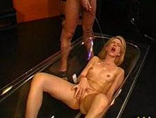 Eine wirklich bizarre Piss Orgie